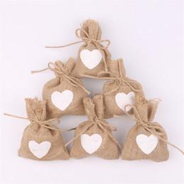 i sacchetti di trasporto di iuta Sconti Sacco a cordoncino in lino e lino con motivi a forma di cuore