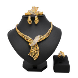 earring nigeria Coupons - Dubai gold-color New Fashion jewelry set Bridal Nigeria African beads jewelry Necklace Bangle Earring Ring wedding set