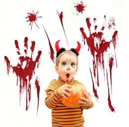 halloween partei poster Rabatt Halloween-Tür windown Aufkleber Blutiger Fingerabdruck Blooding Handprint Decals schreckliches Wand-Aufkleber-Plakat für Hauptparteidekoration