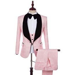 розовое свадебное платье для мужчин Скидка S-5XL ! мужской костюм из трех частей жених свадебное платье тонкий бизнес повседневная мужчины устанавливает платье ночной клуб певцов сценические костюмы розовый