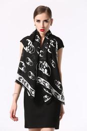Canada Echarpe en coton de la marque High Qualtiy Womens Taille de l'écharpe 140x140cm Foulards design doux foulard pour les femmes B-8858 supplier women scarves sweets Offre