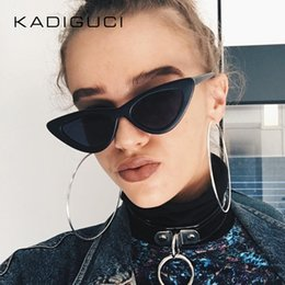 Wholesale super sun glasses - KADEGUCI Newest Fashion Super Popular Sexy Mod Chic Cat Eye Sunglasses Women Inspired Retro Sun Glasses Shades Cat Eye Glasses K0102