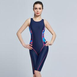 f10072500 2018 mujeres traje de baño de una pieza más ches Nuevo impermeable mujeres  de secado rápido hasta la rodilla traje de baño de cinco puntos deportivo  ...