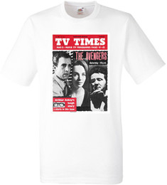 THE AVENGERS CULT TV SERIES TV TIMES WHITE T-SHIRT MANICHE CORTE POLYESTER T-Shirt Summer Style Uomo T Shirt Top Tee da