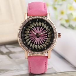 En gros couture créative couture cadran montre femmes montre-bracelet avec bracelet en cuir rose bande de quartz pour dames cadeau ? partir de fabricateur