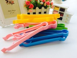 Wholesale Assorted Bottles - Baby PP Anti Slip Bottle Clip, Sterilizer, Bottle Clamp, High Temperature Resistant and Washable Length: 18 cm (Assorted Color) NPJ01