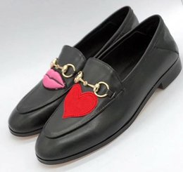 Wholesale Causal Slip Loafers Men - 2018 hot sale! classic black slip on causal shoes calfskin leather embroidery buckle men women loafers trample shoes