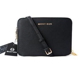 schultergeldbeutel kleiner entwerfer Rabatt Luxus-Designer-Kette Messenger Bag Frau Tasche Leder Handtaschen weiblichen kleinen Klappe Crossbody Umhängetaschen Sac eine Haupt-Geldbörse bolsos