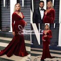 Celebridades grávidas do tapete vermelho on-line-2019 elegante veludo sereia vestidos de noite sexy profundo decote em v mangas compridas vestidos de baile celebridade tapete vermelho grávida desgaste vestidos