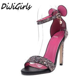 Desenhos animados sexy sapatos de salto alto on-line-DiJiGirls sexy moda feminina dos desenhos animados sandálias de salto alto sapatos mulher Bling fivela cinta sapatos sexy senhoras estiletes