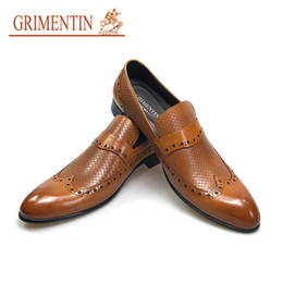 Wholesale Low Heel Dress Shoes Wedding - GRIMENTIN 2018 hot sale fashion oxfords men dress shoes slip on brown genuine leather formal business male shoes new size:38-44 HJox474