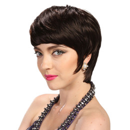 Parrucche corte dei capelli umani in vendita online-Hot Sale Pixie wigs 130 Density Hot short cut wigs glueless brazilian short full lace bob human hair wigs bob for black women
