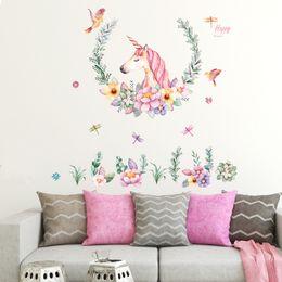 La cálida lámpara de estilo europeo pintada a mano / pared de unicornio se adhiere a la sala de estar del comedor y se adorna la decoración desde fabricantes