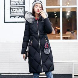 64619cc4f78cc Femmes Mode Hiver À Capuchon Vers Le Bas Veste Faux Fourrure Collar Chaud  Élégant Épais Survêtement Femme Solide Couleur Mince Long Manteau Plus La  Taille