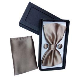 Wholesale Tie Cufflinks Handkerchief Set - LICG-Mens Bow Tie Handkerchief and cufflinks set