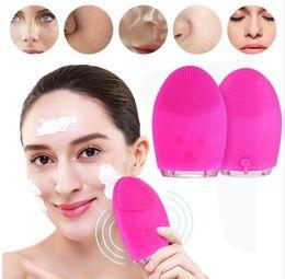 2019 palito de máscara de plástico Massagem Elétrica Facial Máquina de Lavar Roupa Escova de Limpeza À Prova D 'Água Silicone Facial Dispositivos de Limpeza Ferramentas de Preços Por Atacado Frete Grátis
