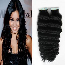natürliche schwarze bandverlängerung Rabatt Tiefes Wellen-natürliches schwarzes Band in den Wellen-Haar-Verlängerungs-Klebeband-Haar-Verlängerungen 100g 40pcs / lot Hauteinschlag-Band in den Haar-Erweiterungen