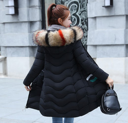 Moda Bayanlar Kürk Hood Palto Kapşonlu Kış Aşağı Ceketler Parka Woolrich Kayak Su Geçirmez Ceket Puffer Parka Kız Pamuk Ceket cheap ladies waterproof coats nereden bayan su geçirmez kat tedarikçiler