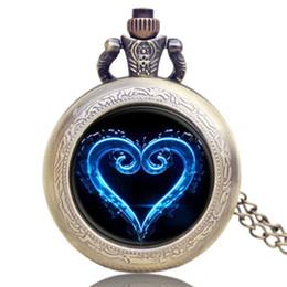 Reloj de cadena del corazón online-Reloj de bolsillo de cuarzo de la manera azul del diseño del corazón del corazón collar de la bóveda de cristal colgante reloj de cadena regalos para los amantes Relogio De Bolso