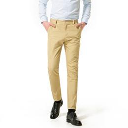 Nuevo diseño Pantalones de hombre Casual Pantalones de algodón Slim Fit  Pantalones rectos Negocio de moda Sólido Caqui Hombres negros 30-38 3af7da4150d7