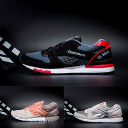69bbded161e 2018 Reebok GL 6000 Homens e Mulheres Da Marca Sapatos Esportivos Lover s Casual  Shoe Adulto designer de Tênis Tênis de Corrida women adult lovers barato