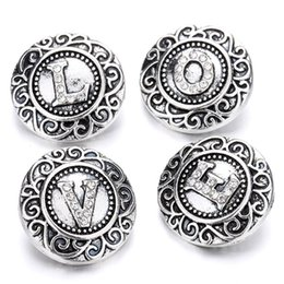 Wholesale alphabet letter beads wholesale - 10pcs 2018 New Initial A-Z Letters Alphabet Snap Jewelry Crystal 18mm Metal Snap Buttons Fit Snap Bracelet