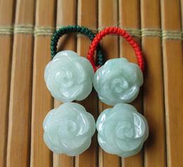 Emeraude birmane naturelle A Roses marchandises Rings Rings Jade Rings Jade Rings Véritables Hommes et Femmes ? partir de fabricateur