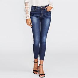 Jeans ebene online-Skinny Spring - Skinny Pearl - Perlenbesetzte Jeans in verwaschener Waschung Blaue Jeans mit mittlerem Taillenumfang und Reißverschluss