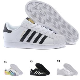 the latest d498c de2aa 2019 nuove scarpe progettate Discount running shoes Adidas Superstar smith  Mens NUOVO DESIGN Uomo Donna Superstar