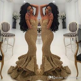 Vestido de sereia dourado aberto on-line-2019 Do Vintage Bling Ouro Lantejoulas Dividir Vestidos de Baile Sereia Spaghetti Strap Aberto Voltar Trem da Varredura Vestidos de Noite Vestido Pageant Formal