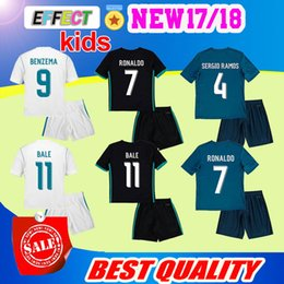 Wholesale Wine Kits Wholesale - 2018 Kids Kit Real Madrid Football Jersey 2017 18 Home White Away Black Boy Soccer Jerseys Ronaldo Bale ASENSIO ISCO Child Soccer Shirts