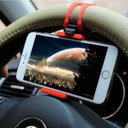 Evrensel Araç Telefonu Tutucu Direksiyon Bisiklet Klip Dağı Cep Telefonu Samsung iPhone Redmi Xiaomi Not Için Soket Standı supplier iphone steering wheel mount nereden iphone direksiyon simidi tedarikçiler