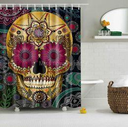 Rideaux de taille personnalisée en Ligne-Dessin animé coloré crâne Design personnalisé rideau de douche salle de bain tissu résistant à la moisissure imperméable en polyester avec 12 crochets multi-taille