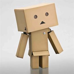 2019 mini bonecas para adultos Novo anime presente para adultos e chirldren Adorável Danboard Danbo Boneca Mini 8 cm PVC com luz LED fantasia presente mascote mini bonecas para adultos barato