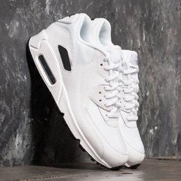 buy popular 48e3f a09db 2019 chaussures décontractées blanches 2018 Hommes Nike Air Max 90 Shoes  Classic Designer Pure White Baskets. 5