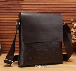Wholesale Shoulder Bag Briefcase Men - Designer Luxury Brand Shoulder Bags Men Genuine Leather Briefcases Men Handbag Bolsas Messenger Bag Men Wedding Dress Crossbody Bag