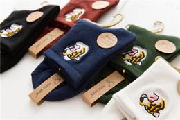 calcetines de chicas japonesas Rebajas Bordado de algodón Big Tiger Animal head Medias Calcetines de color puro japonés de las mujeres Wholesale Letter Girls Student Socks