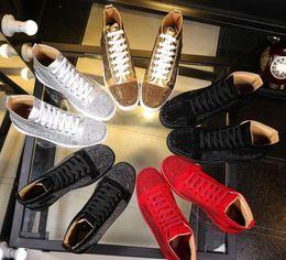 sapatos altos brancos Desconto 2018 novo atacado homens mulheres strass sapatos de alta top famosa marca designer vermelho white marca inferior sapatilhas mens loubbis sapatos