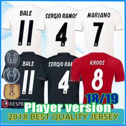 camisas uniformes brancas Desconto 13 Campeão Real Madrid Casa branca Camisa de futebol 2018 2019 Camisa de futebol do Real Madrid Versão de jogador do Bale Mariano Uniformes de futebol