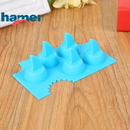 silicone animal cake mould Promo Codes - Silica Gel Ice Maker Moulds Safety Resuable Ices Cube Tray Animal Shark Fins Shape Cake Chocolate Silicone Baking Mold Household 2 5hm B