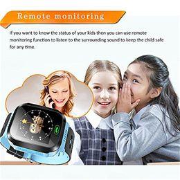 Orologio del cercatore di posizione di gps online-2019 Cute Sport Q528 Kids Tracker Smart Watch con Flash Light Touchscreen SOS Call LBS Location Finder per kid PK Q50 GPS tracker in scatola