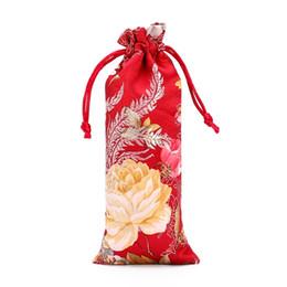 Bolsas de regalo de brocado chino online-Nueva Alarga la Bolsa de Regalo de Tela China Floral Peines Joyería Brocade de Seda Bolsas de Cordón Pequeño para el Embalaje 7x18 cm 3 unids / lote