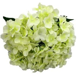 materiais de grinalda por atacado Desconto Flores artificiais de seda hortênsia para a decoração do festival decoração comercial corredor do casamento flor buquê
