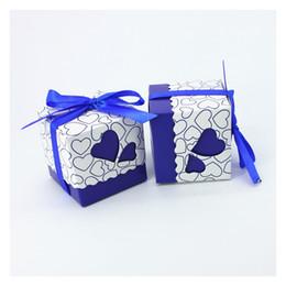 Scatola di taglio laser online-Matrimonio Candy Box Cut Cut Hollow Out Love Bomboniere Regalo Scatole di carta Baby Shower Party Supplies Vendita calda