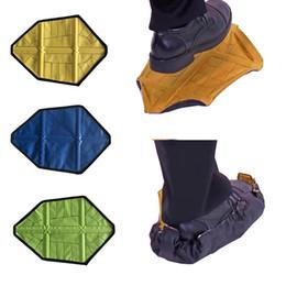 2 pezzi / paio Nuovo Step in Sock Copriscarpa riutilizzabile One Step Hand Free Sock Copriscarpe Durevole portatile automatico Copriscarpe da