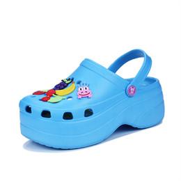 Sandali ad altezza crescente online-Estate Sandali da donna Sport all'aperto da bambina altezza aumentata Moda scarpe da spiaggia sandali DY18033