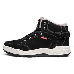 Ceyue fourrure chaussures d'hiver pour hommes lacent des bottes de neige imperméable à l'eau plus la taille 48 léger WorkSafety extérieure Warmes chaussures de marche ? partir de fabricateur