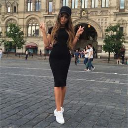 rodillas mujeres cortas Rebajas Vestidos ajustados para las mujeres Verano Sexy Nuevo Fitness Cuello redondo Negro Manga corta Vestido delgado hasta la rodilla Vestido