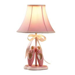 Wholesale OOVOV девушки номер Носок обуви Ткань Настольная лампа мультфильм принцесса номер Розовый Настольные лампы Дети прикроватными свет стол