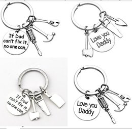 Wholesale fix chain - If Dad Can't Fix it No One Can Hand Tools Keychain Hammer Screwdriver Father's Day Gift Daddy Key Ring Charms Pedant Key Chain 2018 gifts